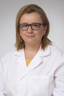dr. Brezán Edina